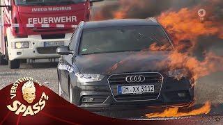 Der hat`s verdient: Andreas und das gesprengte Auto | Verstehen Sie Spaß?