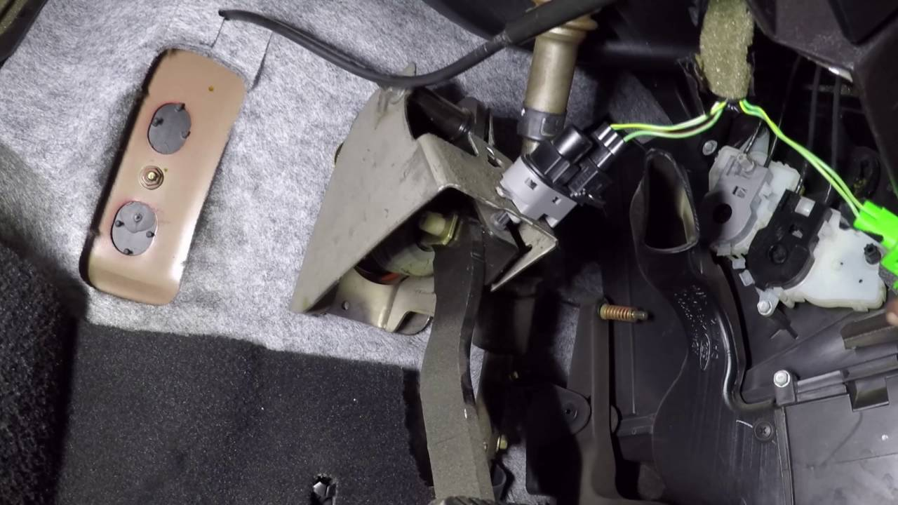 fixing cruise control that doesn t work on a 2005 ford focus  [ 1280 x 720 Pixel ]