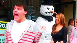 Freaky The Scary Snowman Comes To Life & Everyone Loses Their Minds Hidden Camera Practical Joke