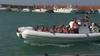 Il dramma di chi è fuggito via mare dalla spiaggia del Lido: «Eravamo circondati»
