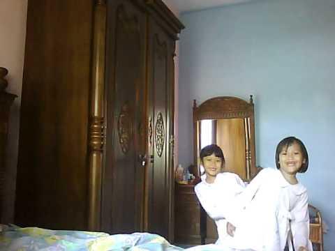 Isni and Kikis - Keong Racun.avi