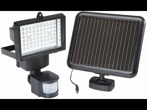 abeb5c19f21e1 Reflector Solar de 60 LEDS con Sensor de Movimiento - YouTube