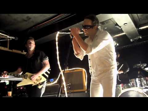 GLASVEGAS ~ The World Is Yours (Live at Independent, Sunderland - 27/3/11)