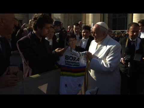 Cycling: Peter Sagan offers a bike to Pope Francis