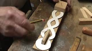 Carving a Love Spoon, Chain work  Ralph Hentall