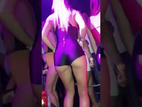 Hot Pants Hot girl dancing