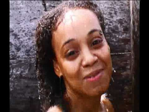 lisa left eye lopes rapping in the shower the day of her death