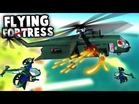 Incredible FLYING FORTRESS Helicopter vs DESTRUCTIBLE Gunship! Ravenfield Best Mods