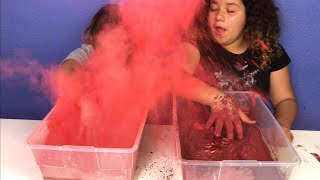 MIXING 700 GRAMS OF PIGMENT INTO 2 GALLONS OF CLEAR SLIME - COLORING GIANT CLEAR SLIMES WITH PIGMENT