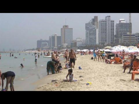 شاهد: موجة حر شديدة تجتاح إسرائيل والسكان يلوذون بالشواطىء …  - نشر قبل 60 دقيقة