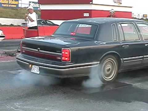 1991 Lincoln Towncar On A 100shot Of Nitrous And Cai Sep 8 2006