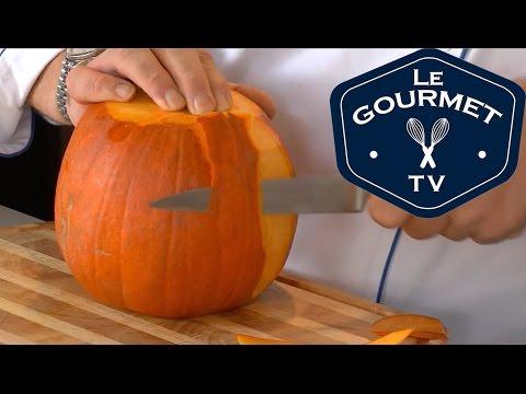 Chef Tip - How to prepare a Pumpkin || LeGourmetTV