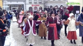 100 dni do matury - Maturzyści zatańczyli Poloneza na starówce | Olszyn 22.01.2016