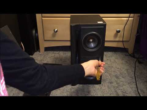 Disassembly: Jvc speaker with subwoofer built in.
