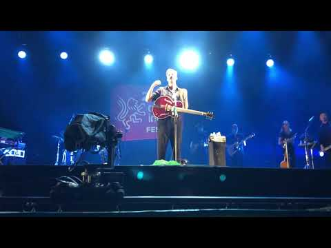 George Ezra - Shotgun Live