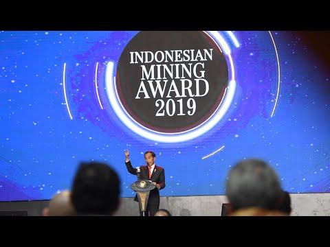 Presiden Jokowi Menghadiri Indonesian Mining Association Award 2019, Jakarta Pusat, 20 November 2019