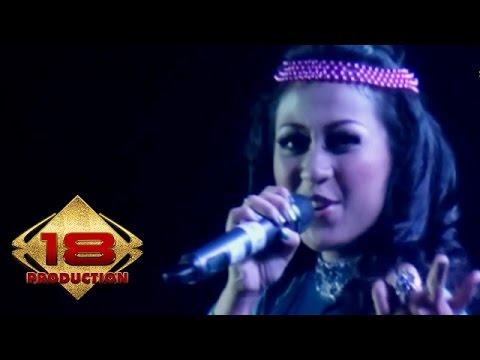 Puput Pei - Apa Salahku (Live Konser Tasikmalaya 29 November 2013)