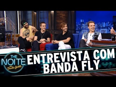 The Noite (18/12/15) - Entrevista Com A Banda Fly