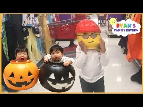 Kid plays Hide and Seek Halloween shopping Family Fun Toy Hunt + Kid Size Cooking Halloween Cookies