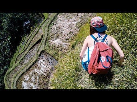 lovebirds go to Bali Island - Dangerous Trekking