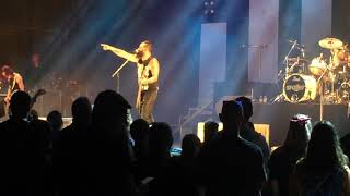 Skillet Live victorious NEW SONG 81019