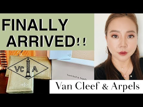 VanCleef&Arpels Alhambra Bracelet & Sweet Alhambra Necklace UNBOXING/DETAIL REVIEW | My First Luxury