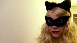 Ностальгирующий критик   Женщина кошка