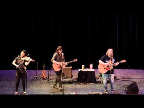 """Indigo Girls """"Country Radio"""" State Theatre 3 16 19"""