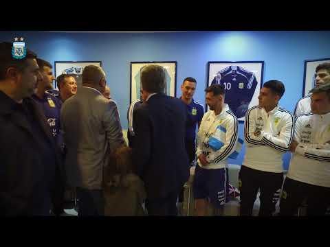 El Presidente de la República Argentina visitó al plantel de la Selección antes de su viaje a Rusia