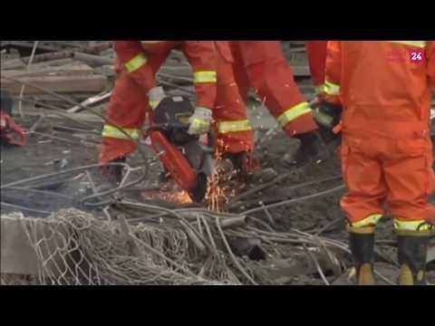 مقتل أكثر من 40 شخصاً في حادث انهيار منصة بناء في وسط الصين