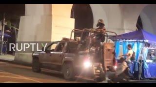 فيديو| سيارة شرطة برازيلية تصدم مواطنًا على كرسي متحرك