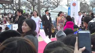 2014 沖縄国際映画祭レッドカーペット中村獅童 小西真奈美.