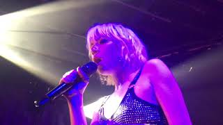 Carly Rae Jepsen - Too Much (HD) - XOYO - 29.05.19