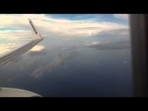 RYANAIR, stormy weather, circle around & landing at Paphos Airport (15.11.14)