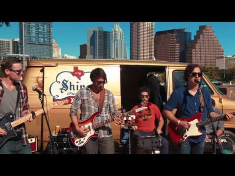Shiner Van Sessions: Good Field - Business