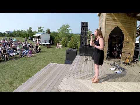 Roxanne Burns - J'te mentirais (live)