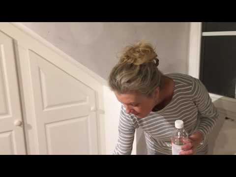 jane-demostrates-how-to-remove-self-adhesive-sticky-foam-pads-from-walls