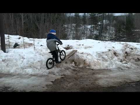 Justin snow Jump