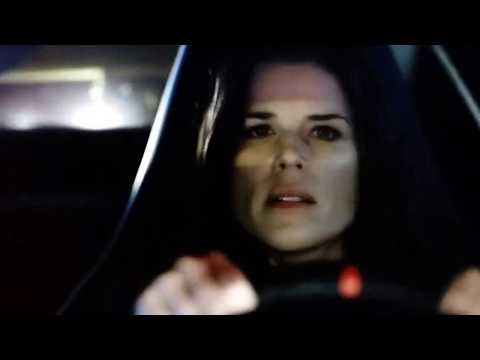 House of Cards - LeAnn Harvey (Death Scene) en streaming