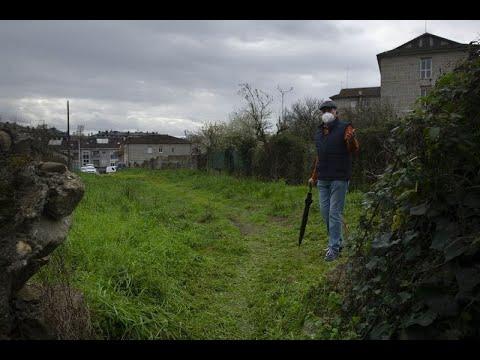 El barrio de Vistahermosa lleva 40 años esperando a que asfalten una calle