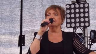 Video Philomena Begley @ HolyCross 16/07/2017 download MP3, 3GP, MP4, WEBM, AVI, FLV September 2017