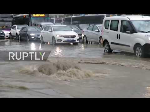Turkey: Flash floods hit Istanbul following heavy rainfall