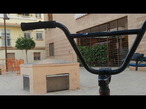 Montando en algún lugar de Valencia