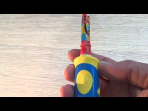 Review of  Oral-B Stages kids  electric toothbrush (Mickey Mouse ... 408cb1399bae6