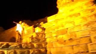 Как встречают туристов в  Несебре, БОЛГАРИЯ(Чудесная болгарская музыка у входа в Старый Несебр. Так завлекают гостей, что создает поистине волшебную..., 2015-12-20T17:18:02.000Z)