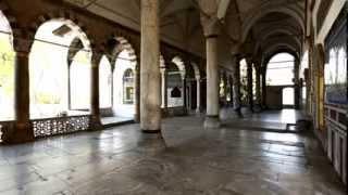 Topkapi Palace Museum - Istanbul Guide