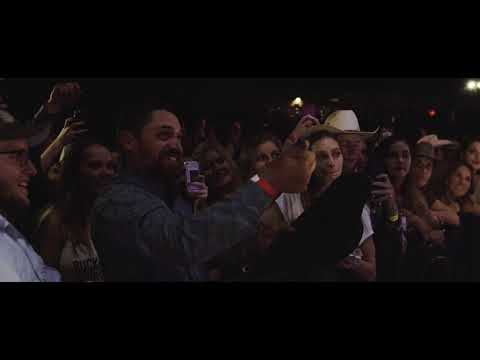 Cody Johnson - Fenceposts (From The Stage)