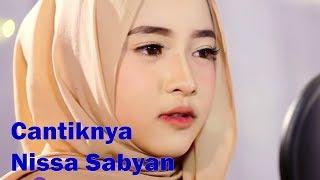 Download Lagu Cantiknya Nissa Sabyan Gambus, Pelantun : Ya Asyiqol Versi Sabyan Mp3