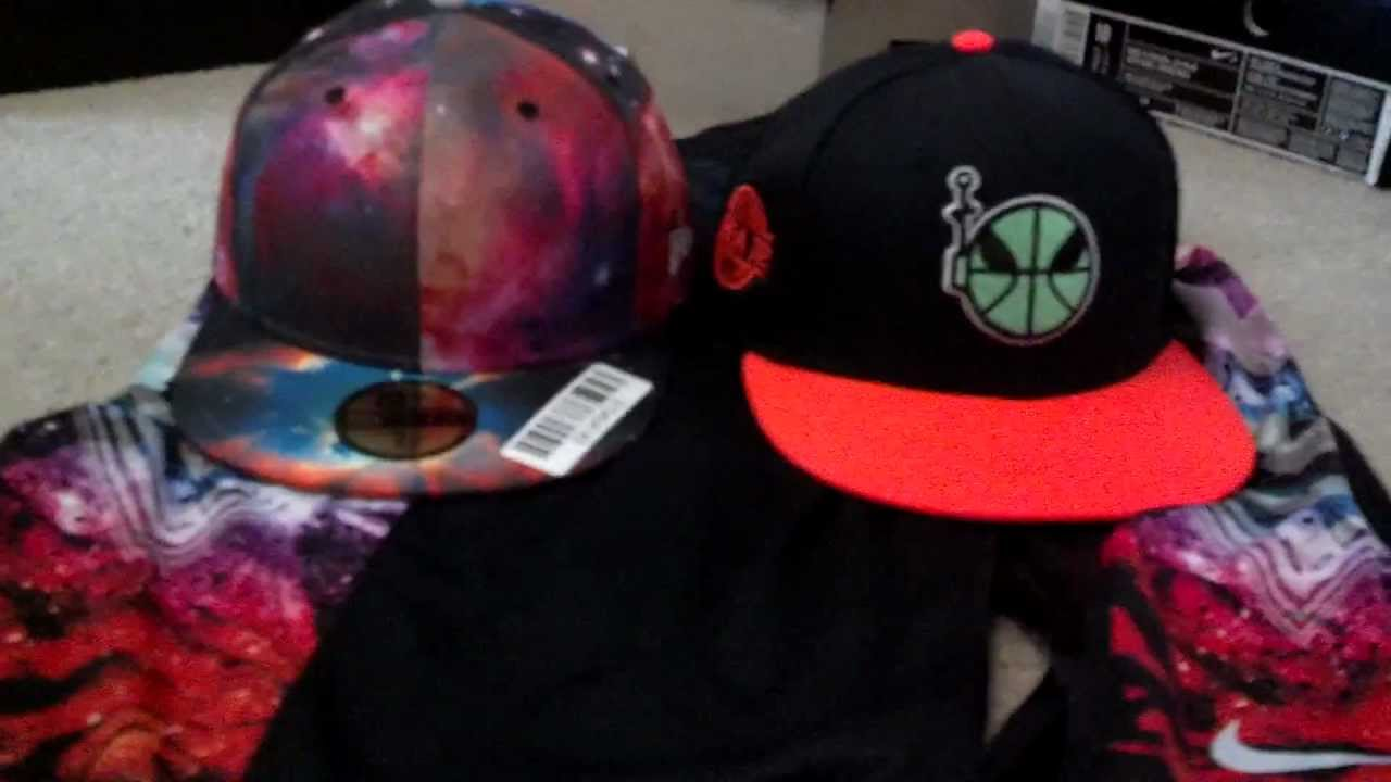 New Era Galaxy Fitted Hat and Nike Area 72 Raygun Snap Back Cap ... 8dcad8503c7