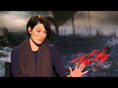 Lena Headey | 300: RISE OF AN EMPIRE | Behind The Scenes With Scott Carty